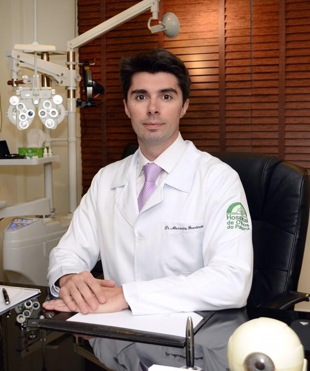 oftalmologista de dmri alexandre grandinetti